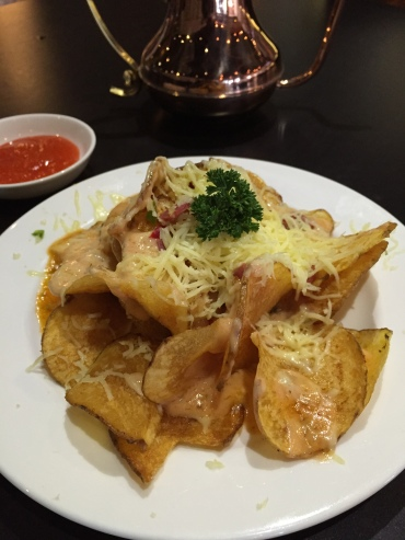 Potato Chips with melted cheese