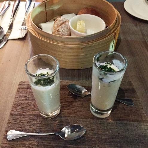 Yang gelas ini berisi potato, mushroom and seaweed